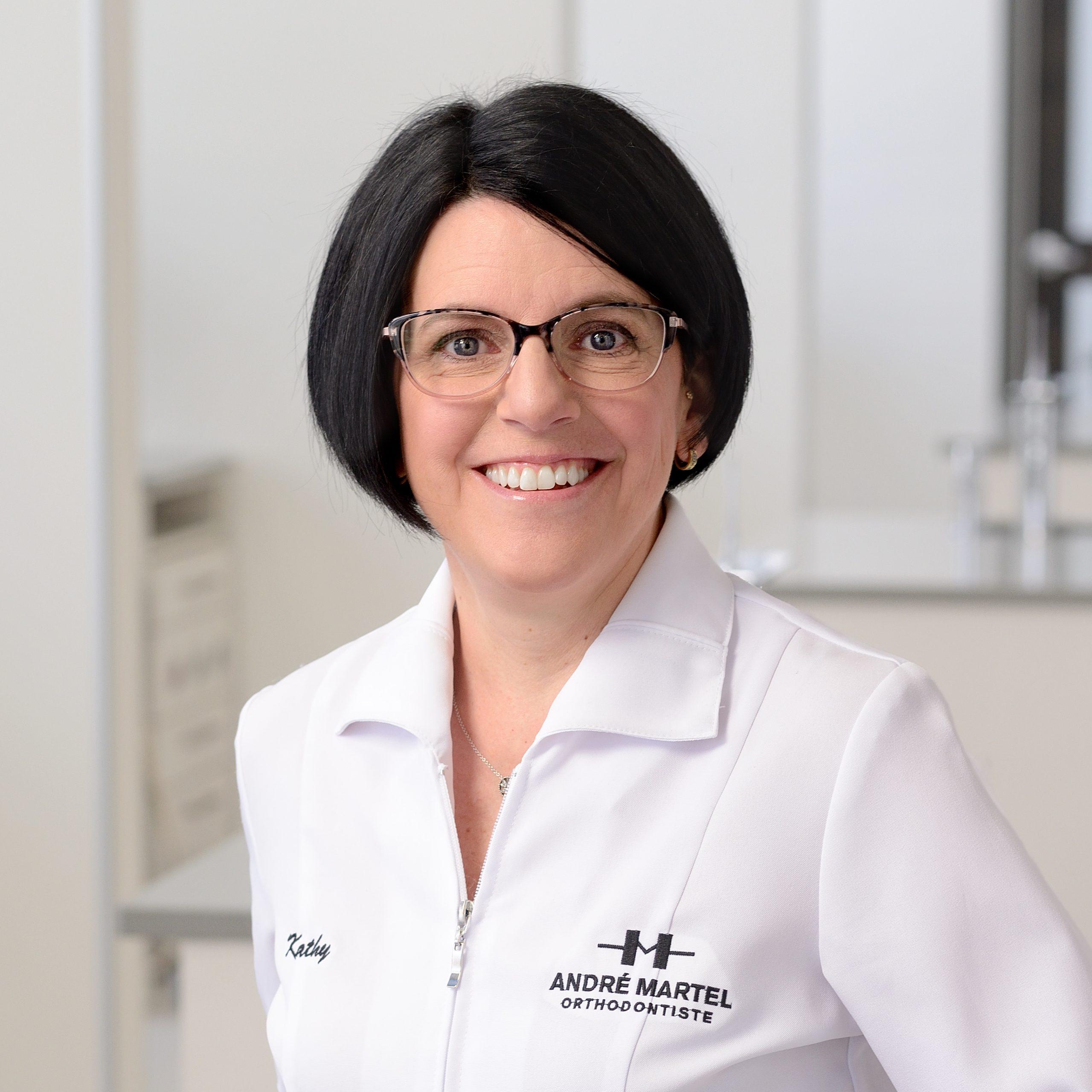 Kathy Cauchon, Hygiéniste dentaire et Secrétaire