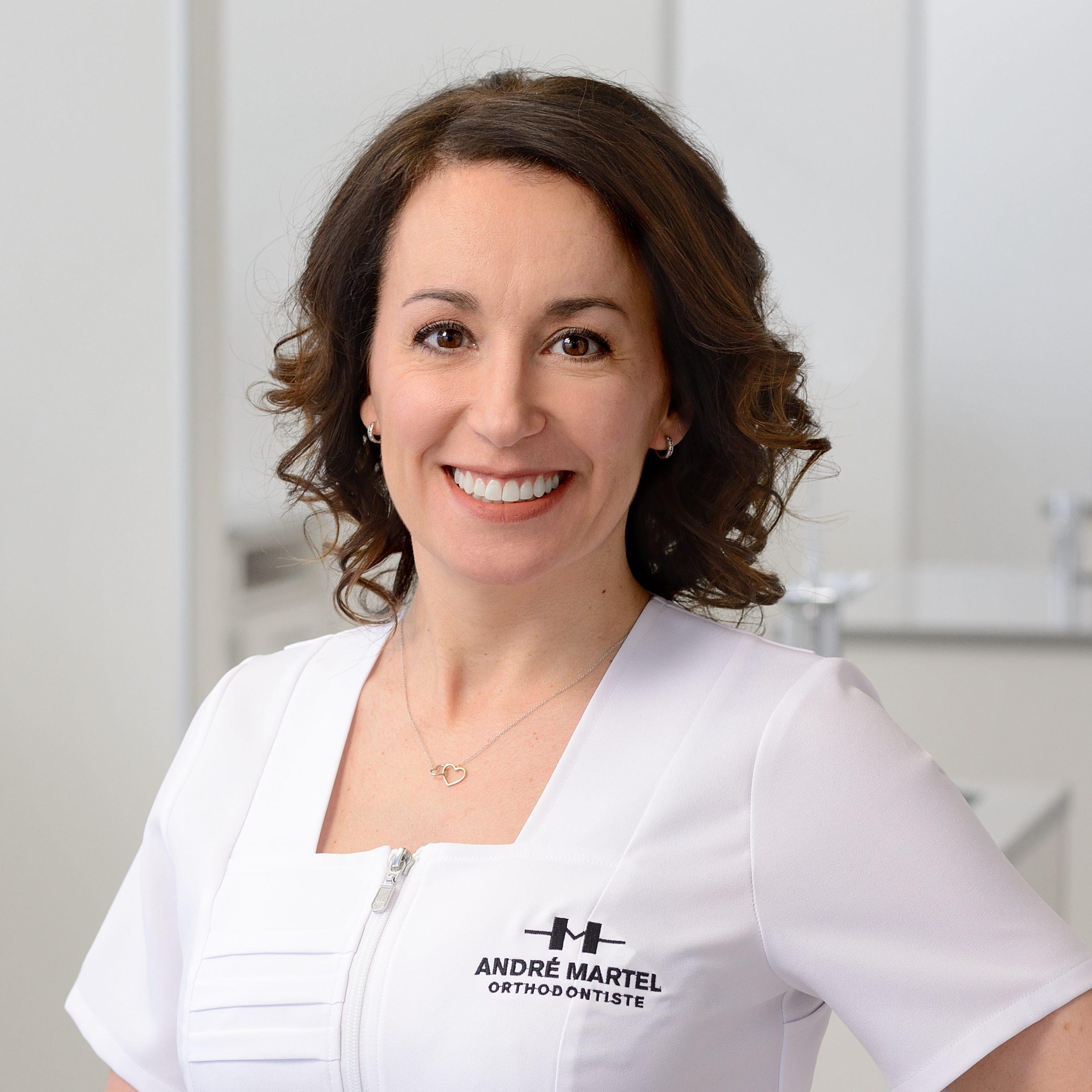 Caroline Poulin, Hygiéniste dentaire